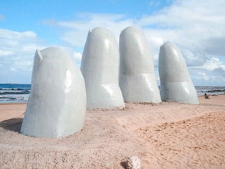 Punta del Este hand