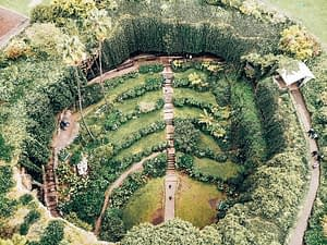 Mount Gambier - Large sinkhole made into public gardens
