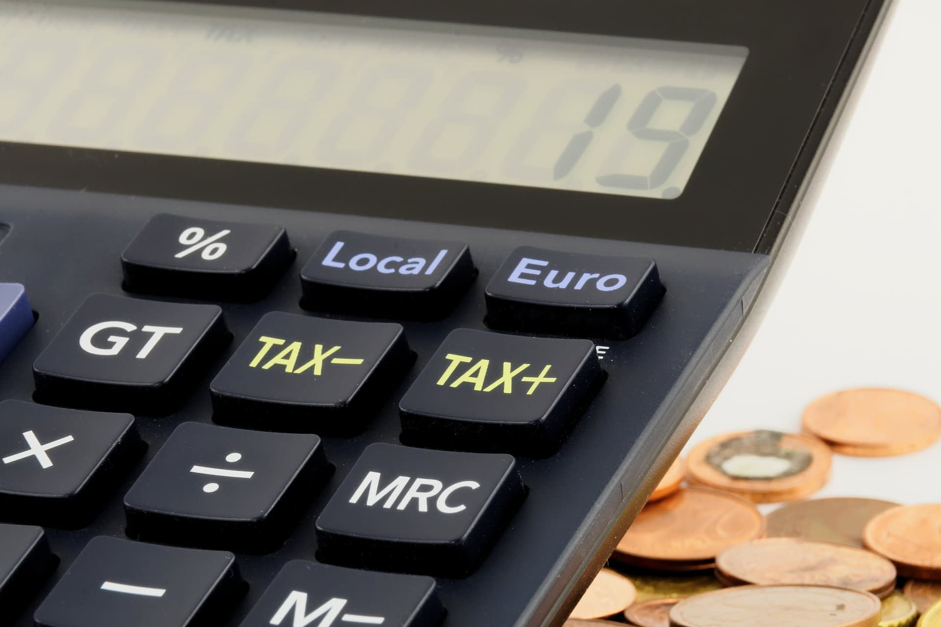 Image of a calculator - Taxes in Australia WHV