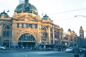 Flinders Street Station Melbourne - Ultimate Guide To Melbourne