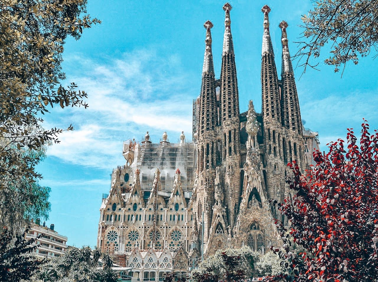 24 Hours in Barcelona - Image of Sagrada Familia cathedral, Barcelona with blue skies